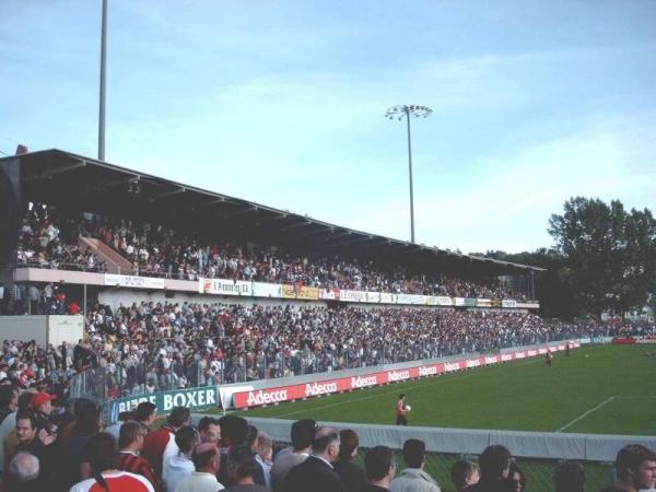 Stade de la Charrière - Stadion in La Chaux-de-Fonds
