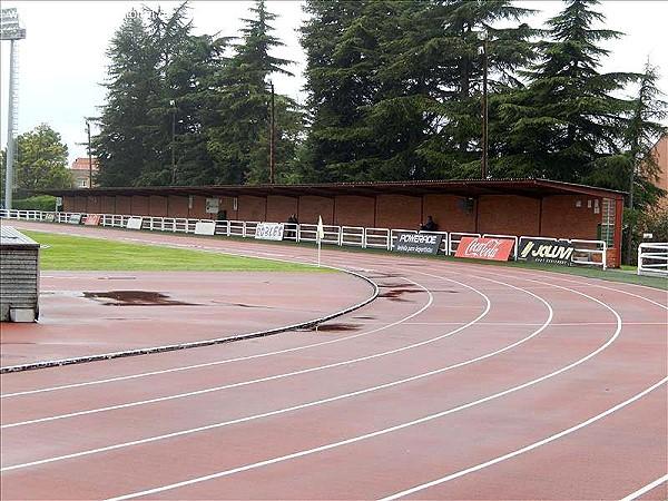 Estadio universitario de oviedo stadion in oviedo for Puerta 9 estadio universitario