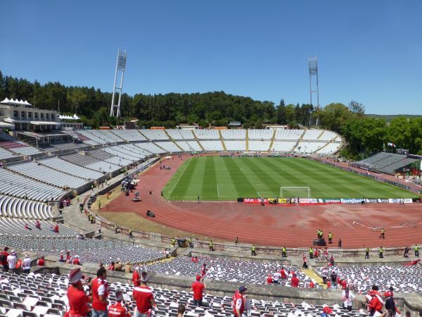 Est dio nacional do jamor stadion in jamor oeiras for Puerta 27 estadio nacional