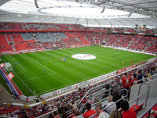 bayarena stadion in leverkusen. Black Bedroom Furniture Sets. Home Design Ideas