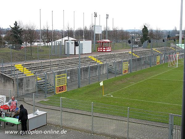 paul janes stadion stadion in d sseldorf flingern. Black Bedroom Furniture Sets. Home Design Ideas