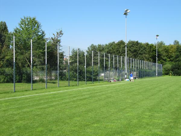 Sportanlage Hardhof Platz 8 - Stadion in Zürich