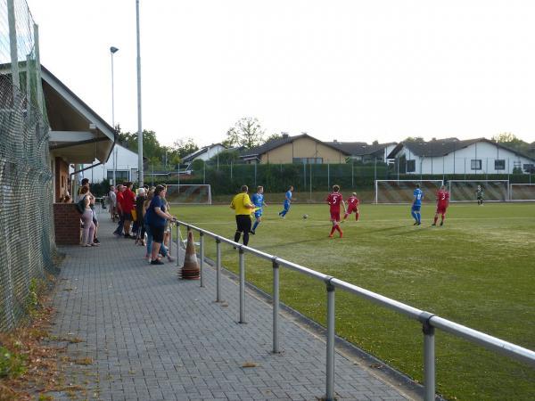 Sportplatz Winterscheid (KR) - Stadion in Ruppichteroth