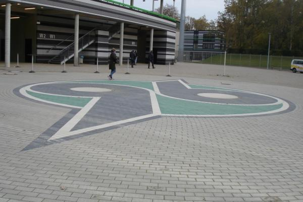 96 - DAS STADION - Hannover