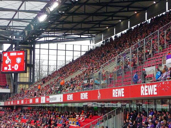 RheinEnergieStadion - Stadion in Köln-Müngersdorf