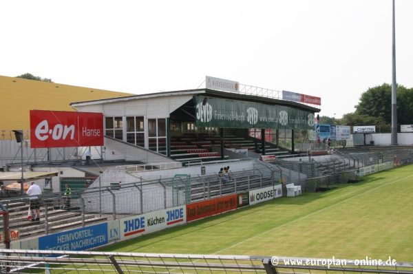 Stadion An Der Lohmuhle Stadion In Lubeck