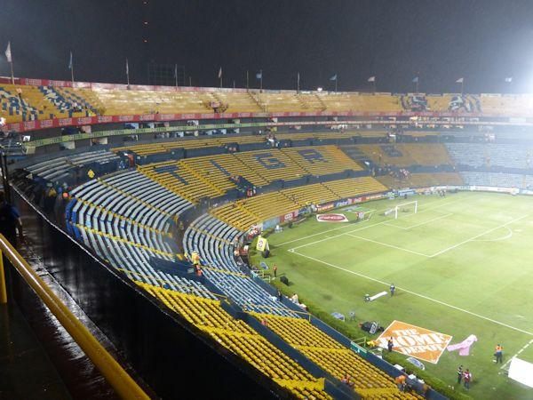 Estadio universitario de nuevo le n stadion in san for Puerta 9 estadio universitario
